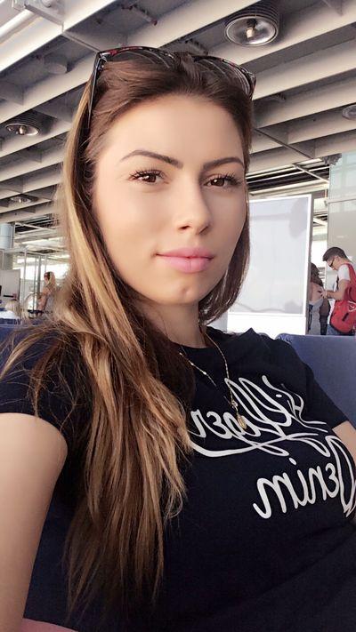 Latina Escort in Miami Gardens Florida
