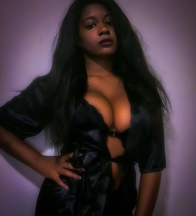 Lesbian Escort in Manchester New Hampshire